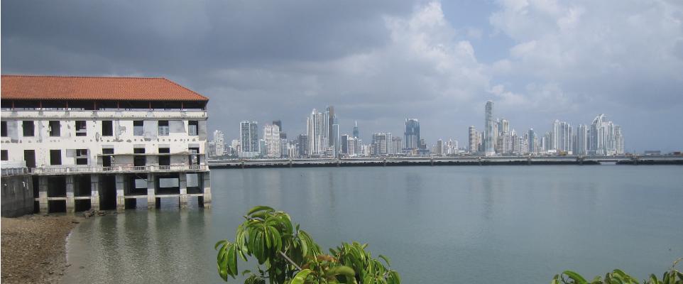 Cuidad de Panama desde Casco Viejo_K Offen